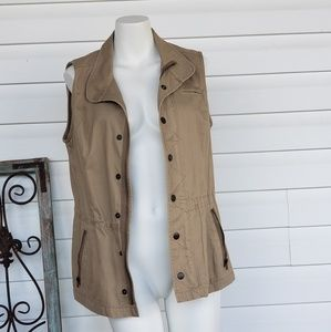 Fossil vest size small